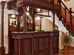 Solid Wood Home Bar Furniture